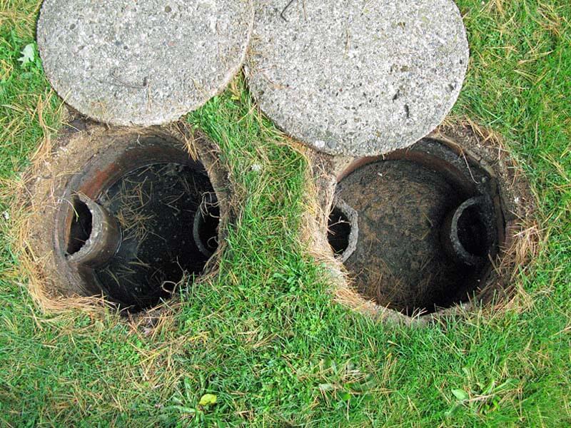 Quels sont les symptômes courants des canalisations bouchées?