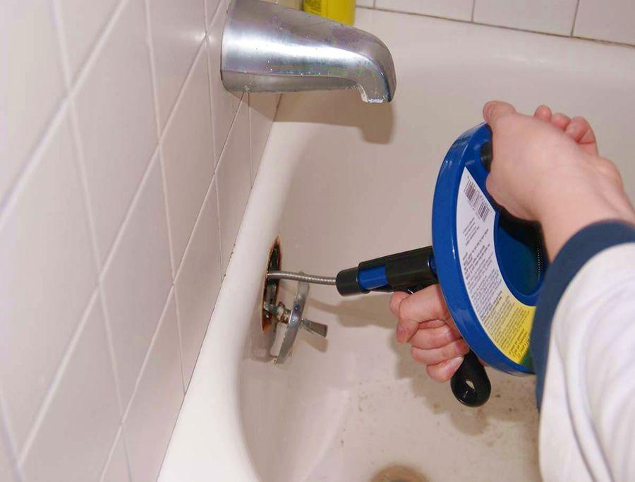 Déboucher une douche sans bicarbonate puis Débouchage de canalisation par haute pression