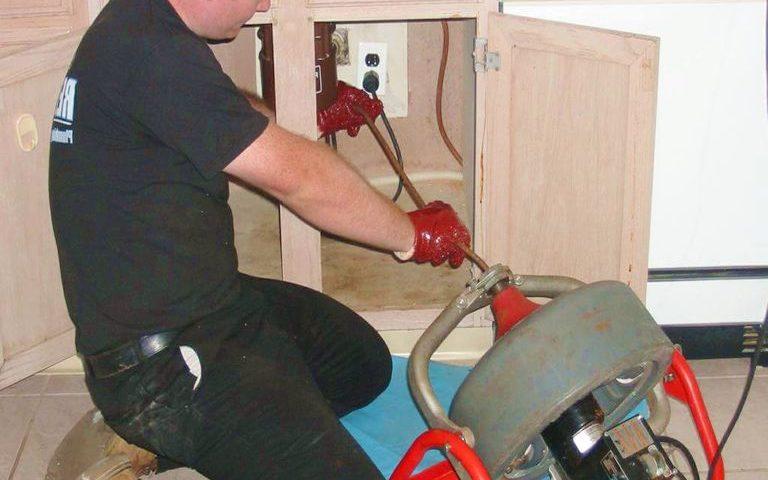 Déboucher lavabo et évier & Débouchage canalisation qui ne se vide pas