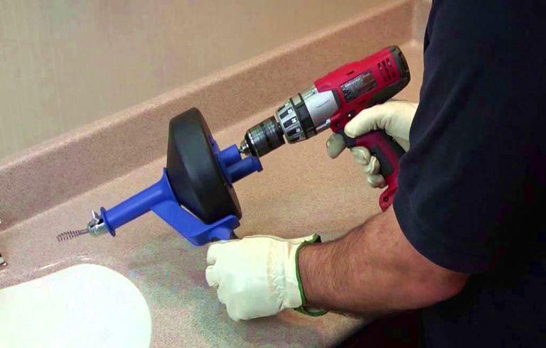 Déboucher lavabo cristaux de soude puis Débouchage canalisation par aspiration
