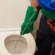 Déboucher douche eau stagnante / Débouchage canalisation pas cher