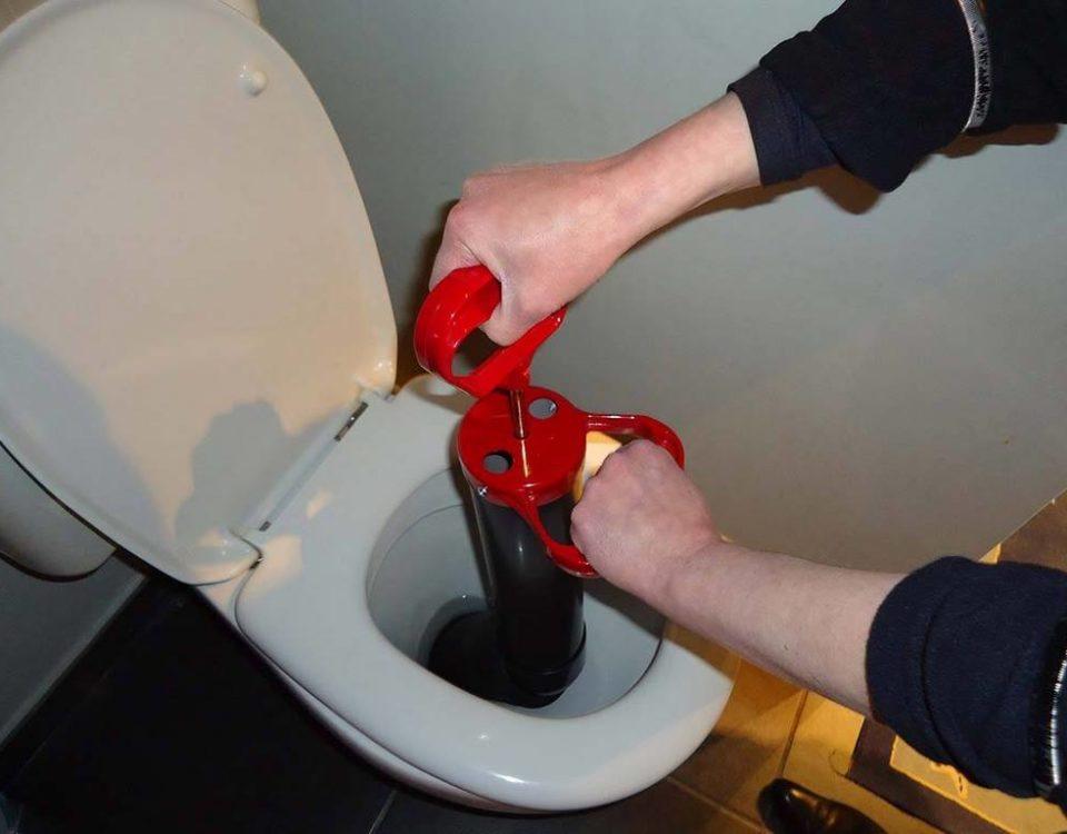 Débouchage canalisation toilette / Débouchage canalisation qui paye locataire ou propriétaire