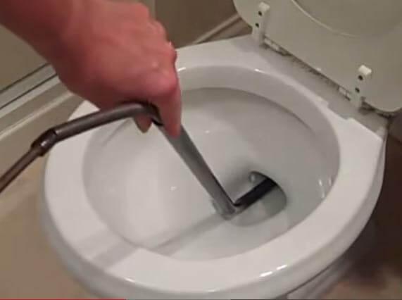 Déboucher un wc sanibroyeur / Plombier débouchage canalisation